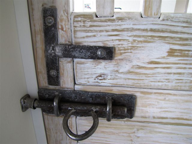"""de Swardt TV Room"" Concealed Safety Door Latch Detail"